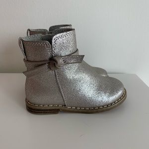 Girls Gap Silver boots size 6